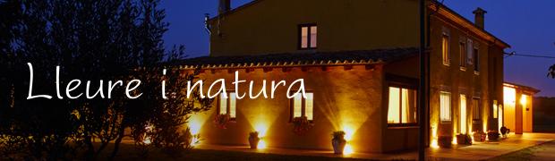 Una masia rural amb totes les comoditats del segle XXI envoltada de natura, entre Girona i la Costa Brava.